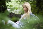 Звезда сериала «Метод» Карина Зверева в фотосессии для глянца