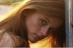 Ксения Суркова в полуобнаженных сценах